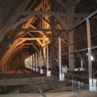 Installation passerelle comble nef église Sarzeau.