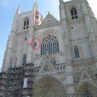Intervention en hauteur à la cathédrale de Nantes (44).