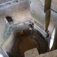 Dépoussiérage sur cordes château de Suscinio