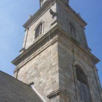 Mise en lumière du clocher de l'église de Saint Gildas d'Auray.